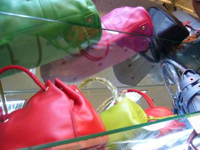 shenzhen.handbags.jpg