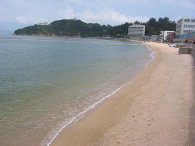 cheung.chau.beach.jpg