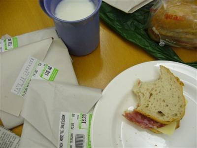 saucisson.and.cheese.sandwich.jpg