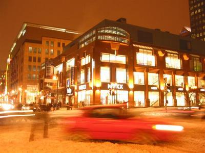 montreal06.snowy.avenue.jpg