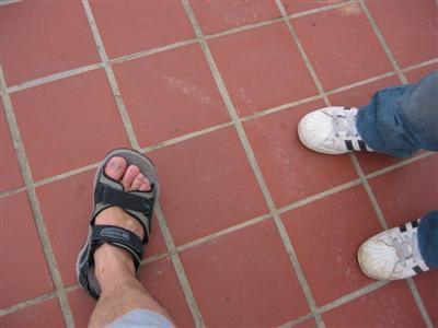 singapore.feet.jpg