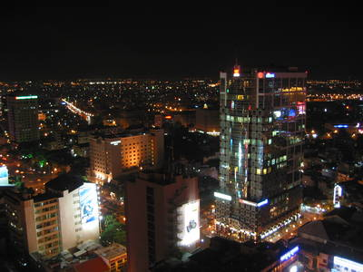 saigon.night.2.jpg
